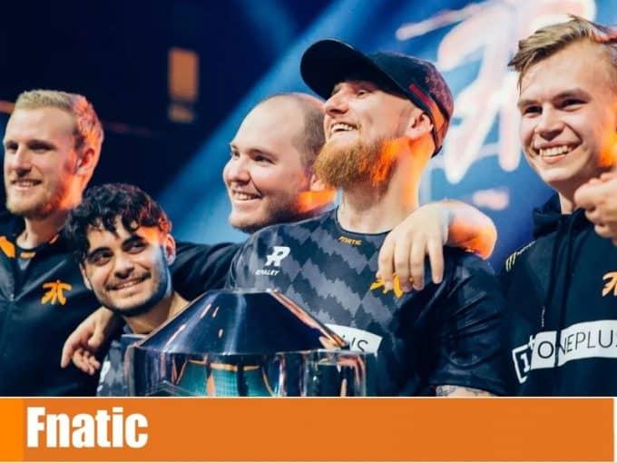 Команда Fnatic в кс го